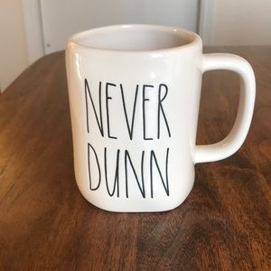 Rae Dunn NEVER DUNN mug NWOT